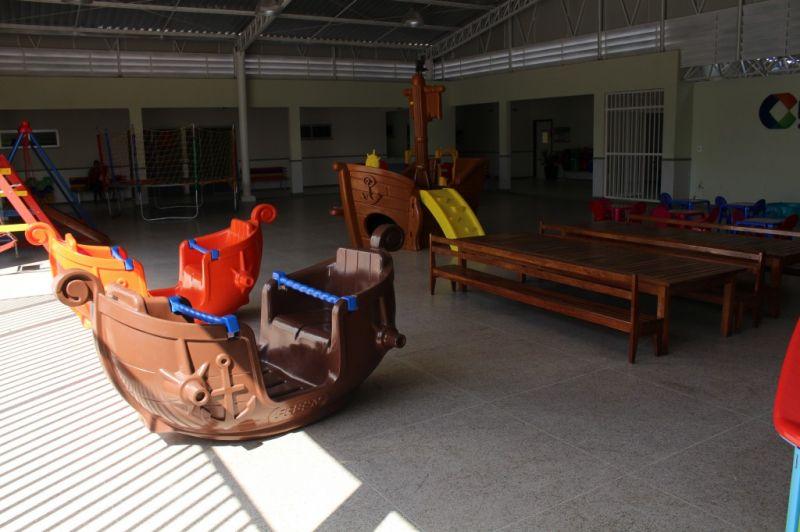 11 - Playground Coberto